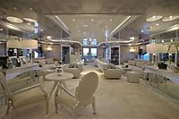 04_yacht_670x446