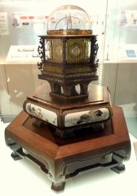 Myriadyear_clock_made_by_hisashige_tanak